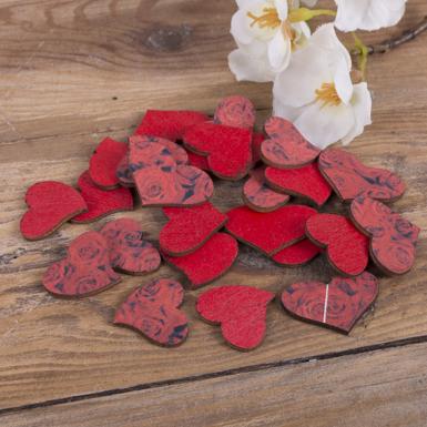 червоні сердечка з принтом