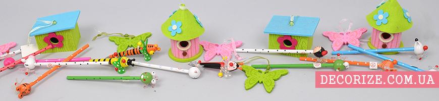- детские игрушки, канцелярия, декор