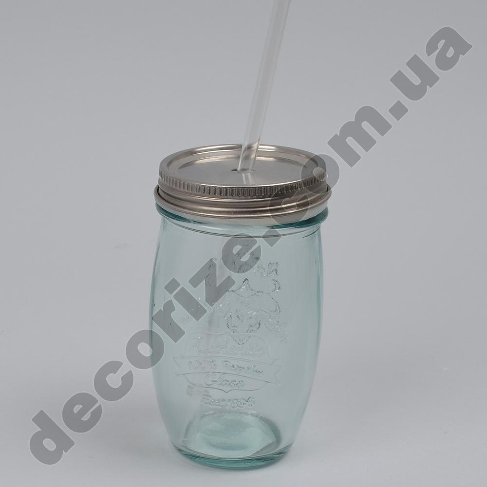 скляна кружка з соломинкою