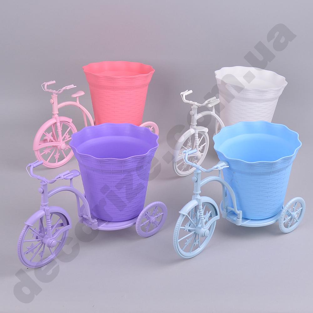 Пластиковый велосипед большой