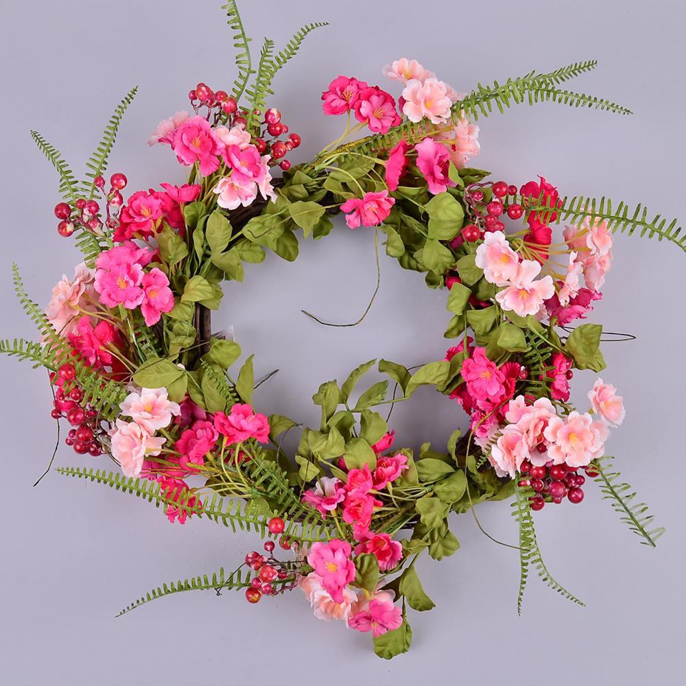 Венок из цветов розовый