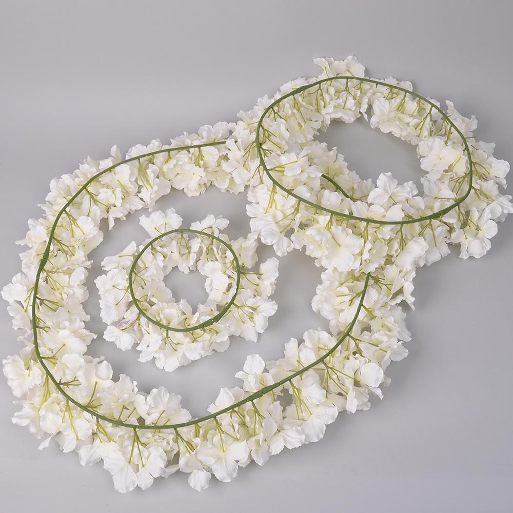 Декоративный венок из гортензий (3 шт)