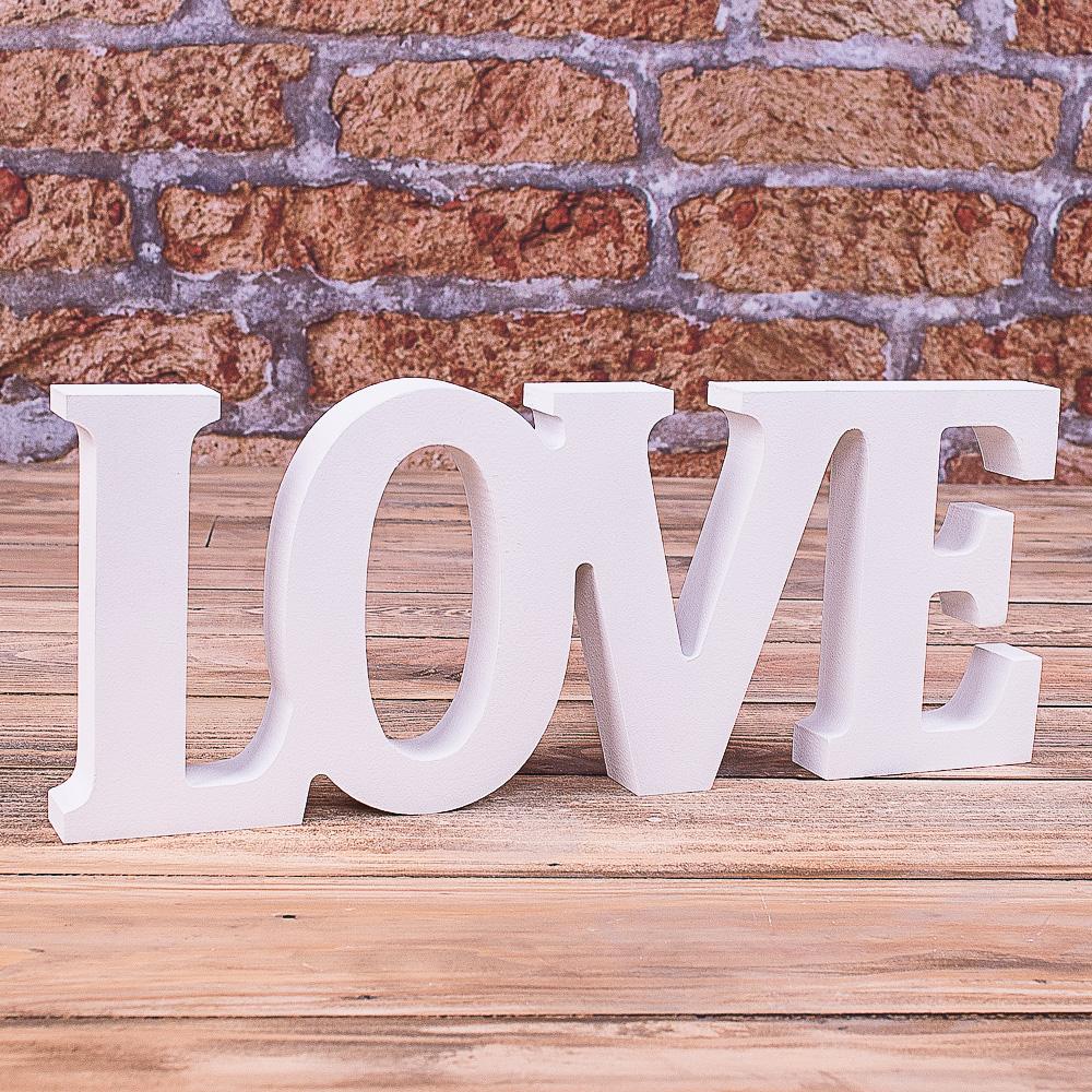 """деревянное слово """"love"""""""