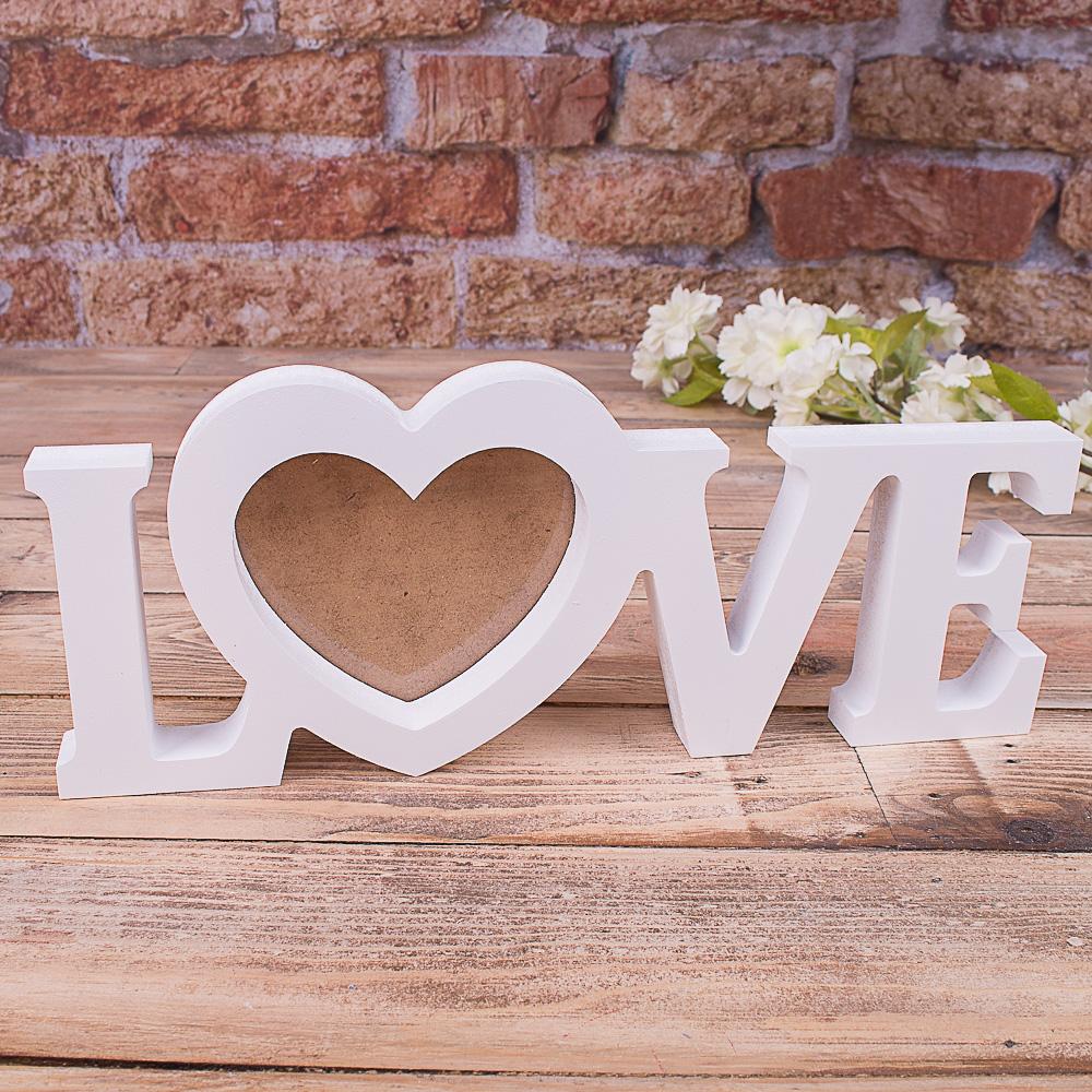 "Фоторамка слово ""Love"""