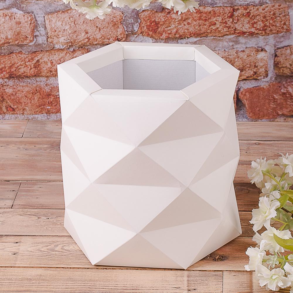 """Коробка """"многогранная, размер L"""" айвори"""