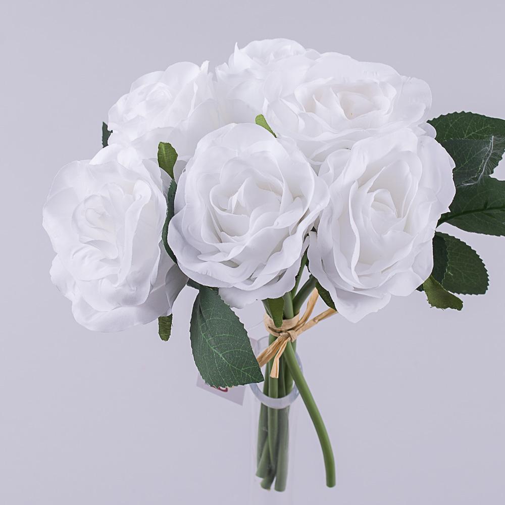 букетик коротких трояндочок білий