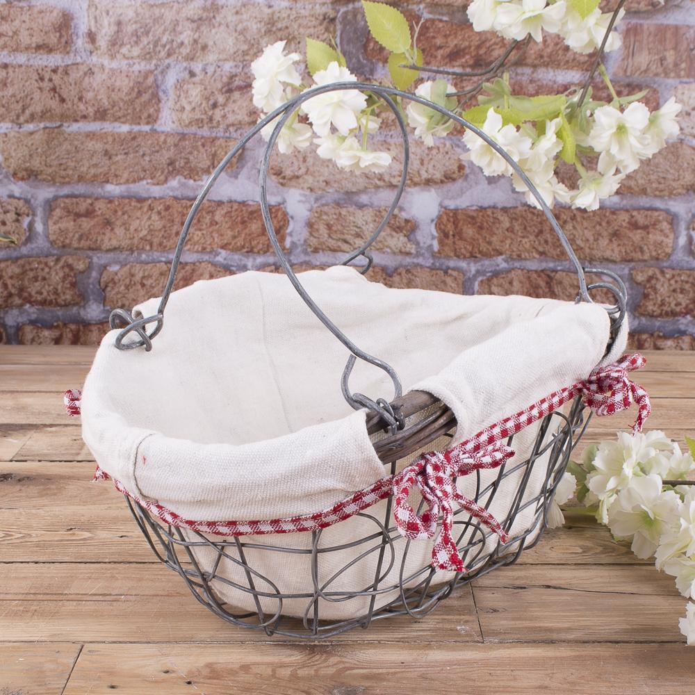 металлическая корзина-сетка с тканью