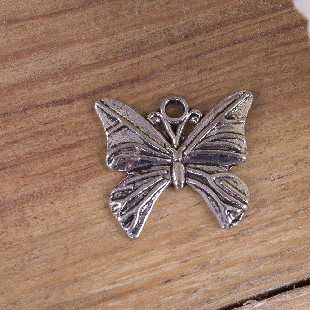 металева підвіска срібний метелик