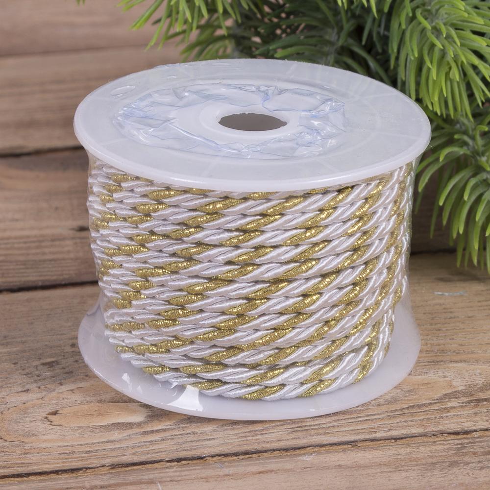 Шнурок з золотим плетінням білий