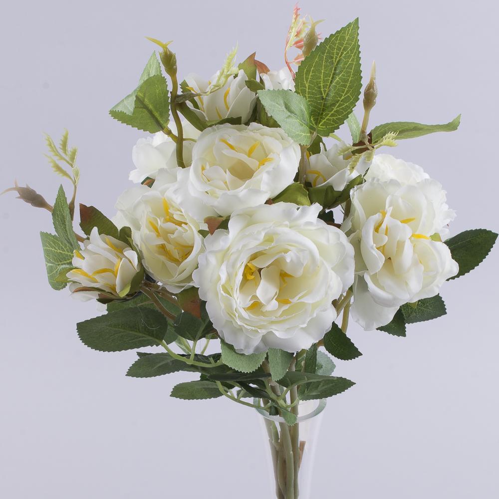 букет кущових троянд білий
