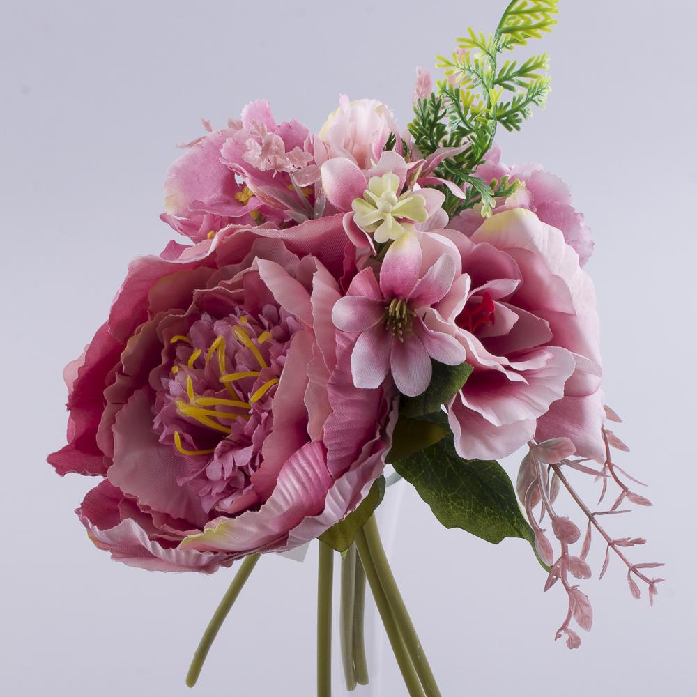 букет півоній і гортензій з добавками рожевий